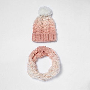Girls pink ombré knit snood and bobble hat