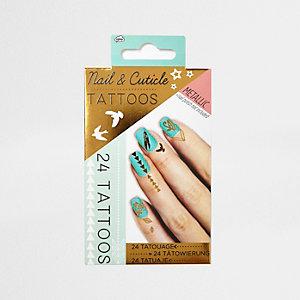 Tatouages pour cuticules et ongles pour fille