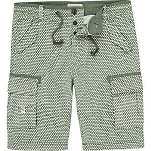 Green pattern bermuda shorts