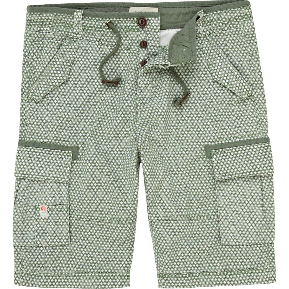 Green pattern bermuda shorts