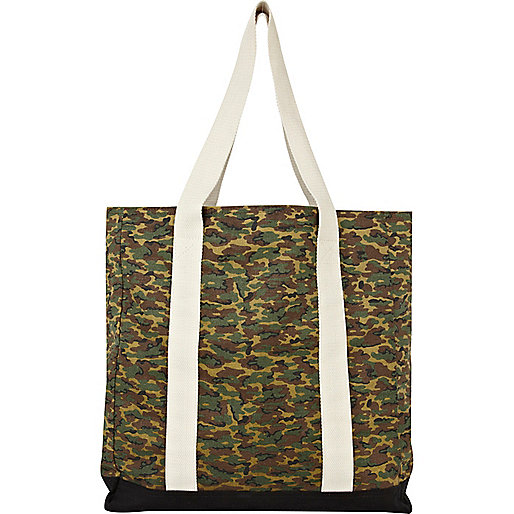 Green camo shopper