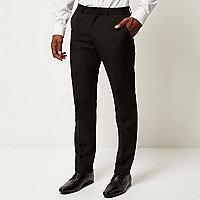 Elegante, schmale Hose in Schwarz