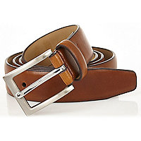 Light brown square buckle belt