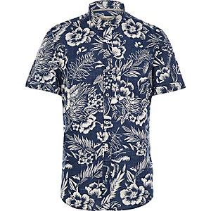 Blauw overhemd met korte mouwen en Hawaiiaanse print