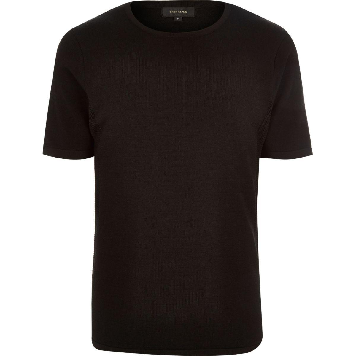 Pull noir à manches courtes avec empiècement en mesh