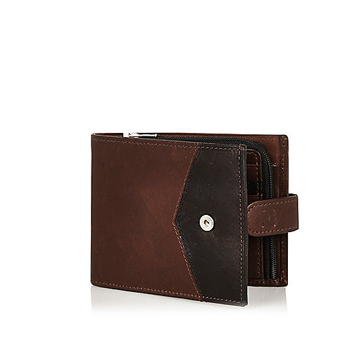Brown leather chevron block wallet