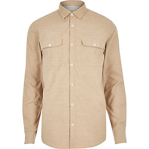 Chemise en flanelle grattée beige foncé à deux poches