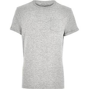 T-shirt gris chiné à poche et manches retroussées