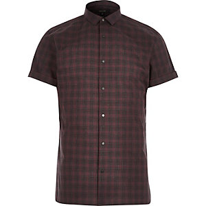 Red check popper short sleeve slim shirt