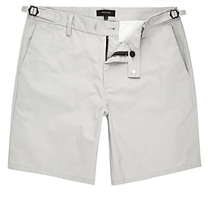 Stone slim fit chino buckle shorts