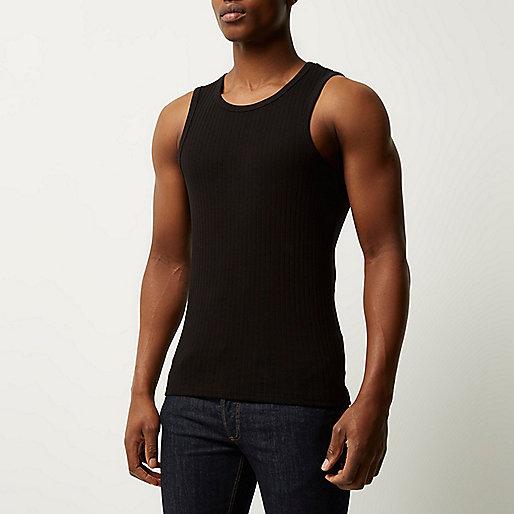 Schwarzes, schmales, geripptes Trägerhemd