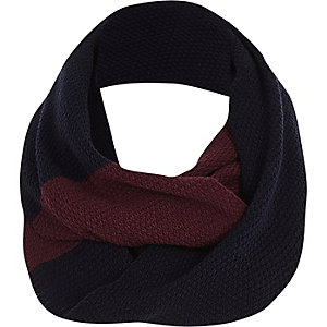 Dark red and navy knitted snood