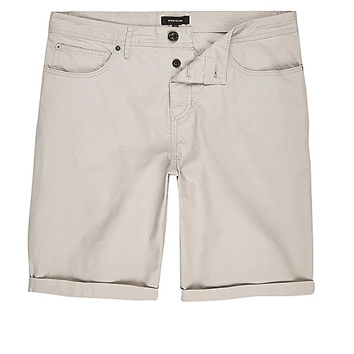 Short chino gris clair coupe slim