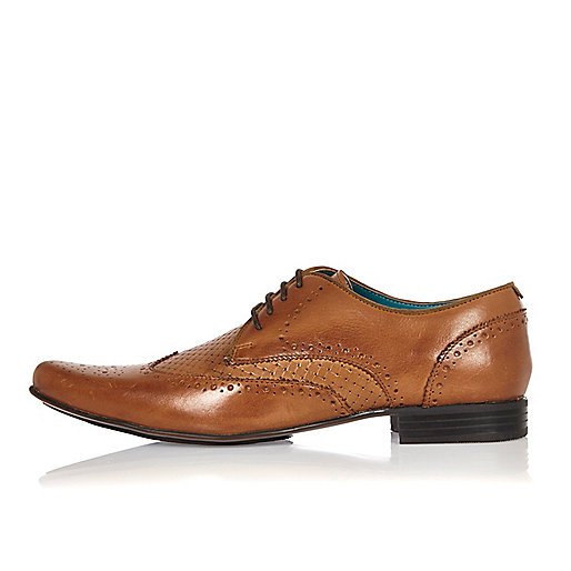 Brown leather woven formal shoes