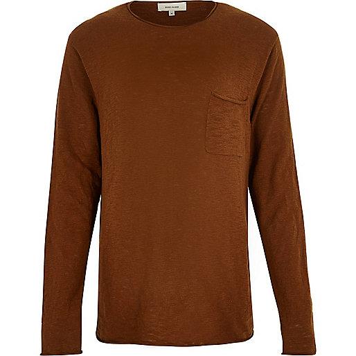 Brauner Pullover mit Rundhalsausschnitt