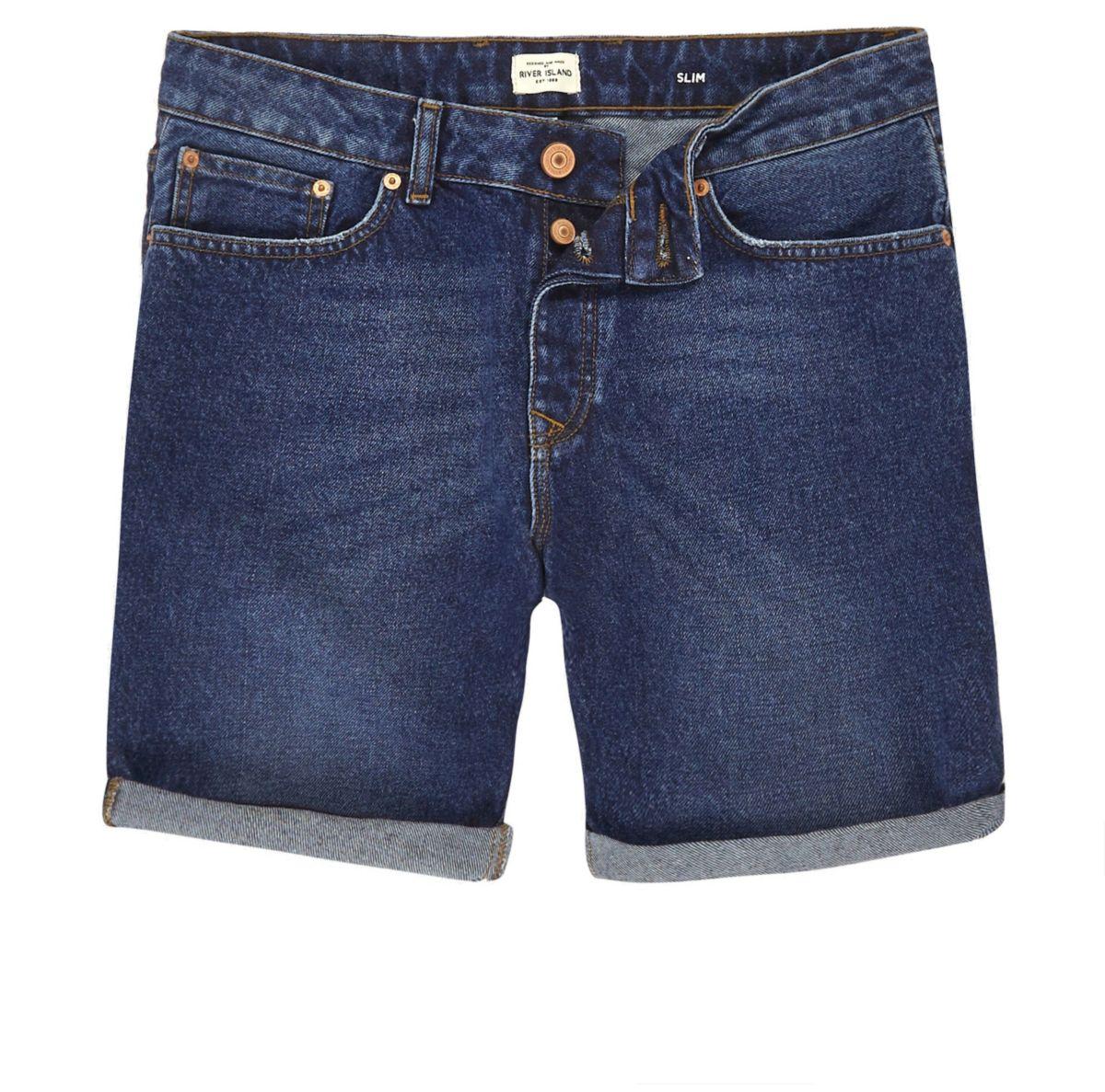 Schmale Jeansshorts in dunkelblauer Waschung