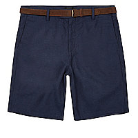 Purple slim fit belted shorts