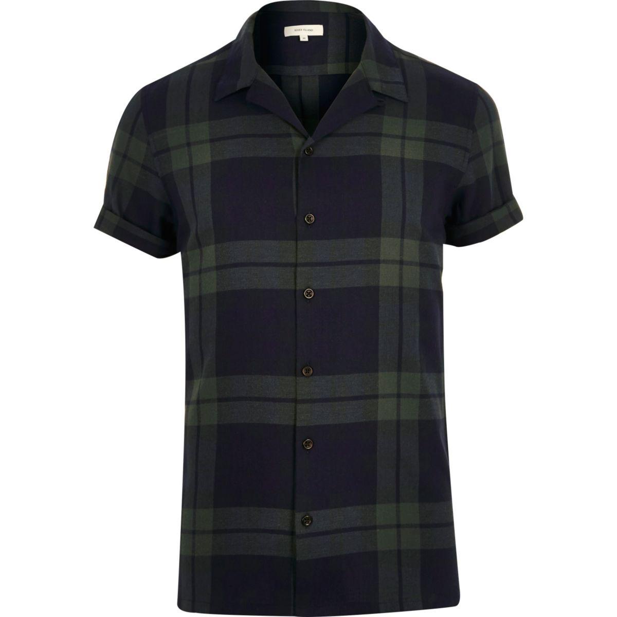 Green check revere collar shirt