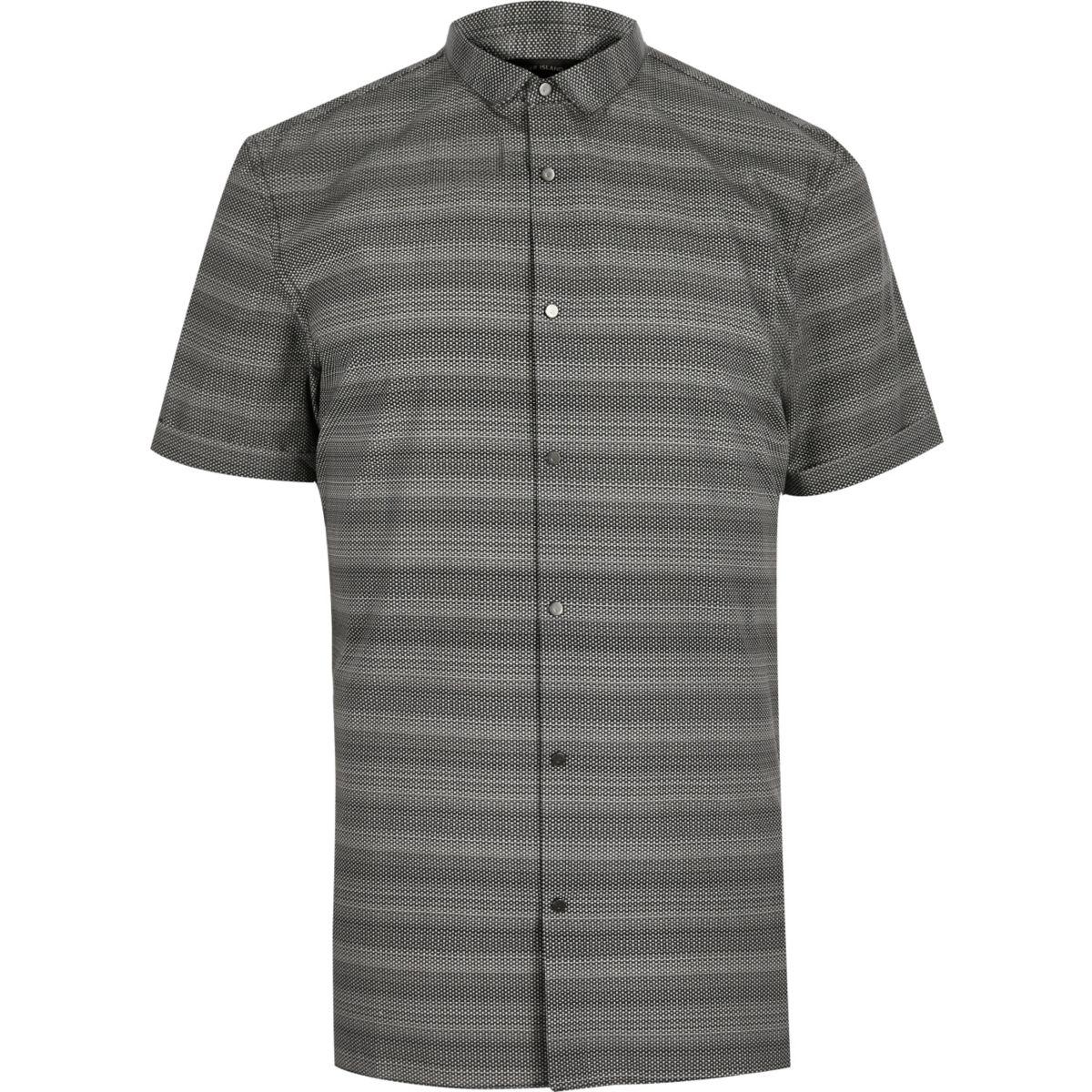 Graues, schmales Hemd mit Streifen
