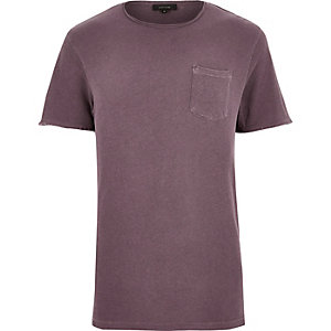 Red raw hem t-shirt