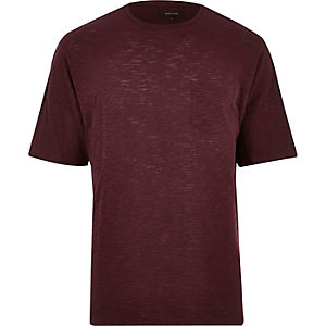 Dark red pocket t-shirt