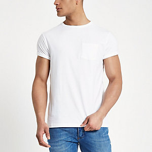 White crew neck chest pocket T-shirt