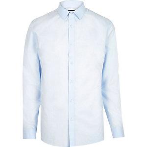 Chemise bleu clair cintrée habillée