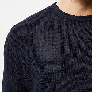 Marineblauwe pullover met textuur