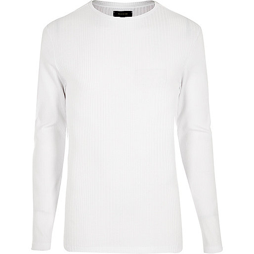 T-shirt blanc côtelé ajusté à manches longues