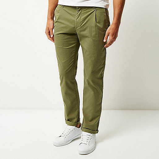 Green slim pleated trousers