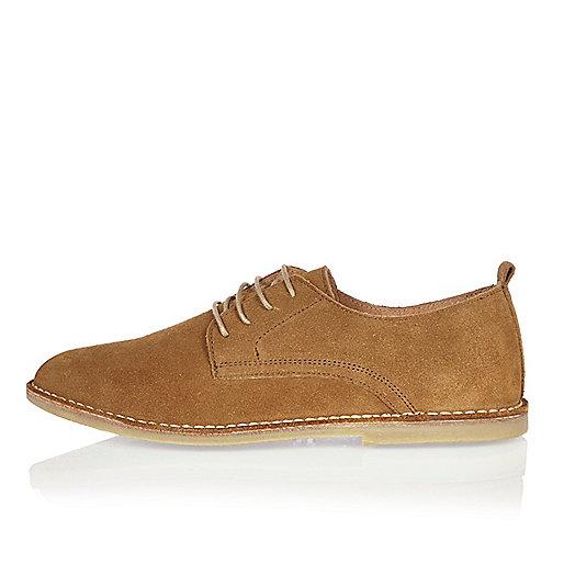 Medium brown suede desert shoes