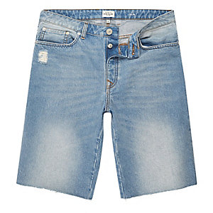 Jeansshorts in hellblauer Waschung