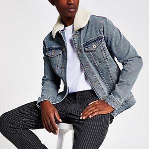 Veste en jean délavé avec col imitation mouton