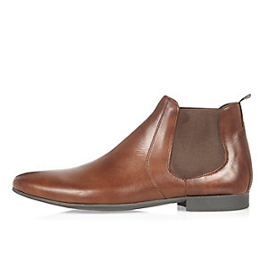 Brown leather Chelsea boots