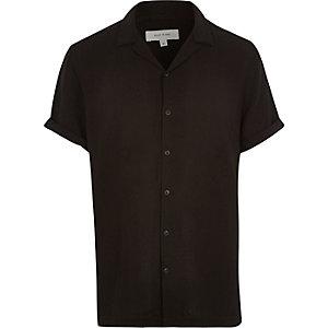 Black revere collar short sleeve shirt