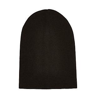 Black slouchy beanie