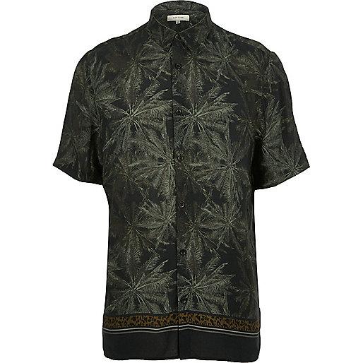 Kurzärmliges Hemd mit grünem Blattprint
