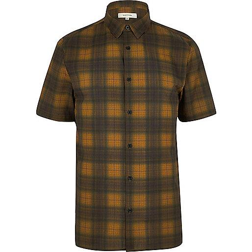 Yellow check short sleeve shirt