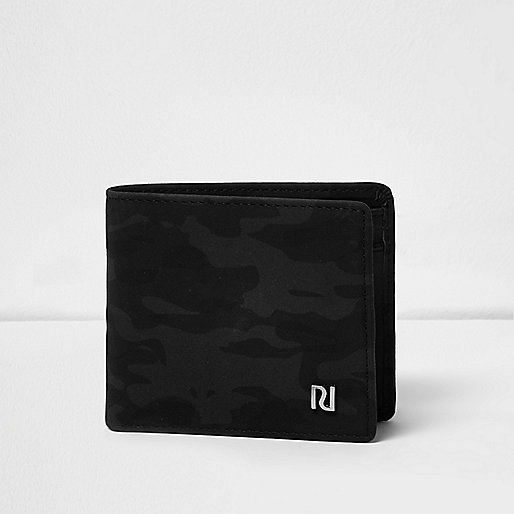 Grey camo fold out wallet