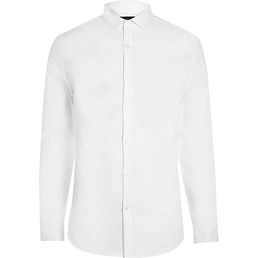 Weißes, elegantes, schmales Hemd