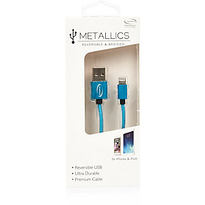 Blue reversible USB cable