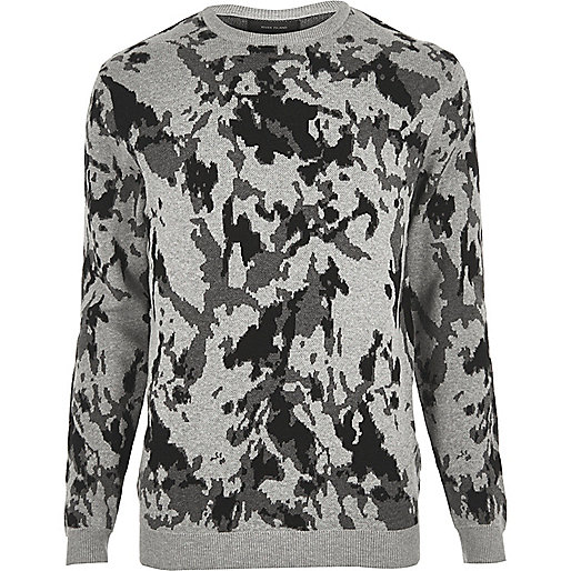 grauer pullover mit camouflage muster pullover. Black Bedroom Furniture Sets. Home Design Ideas