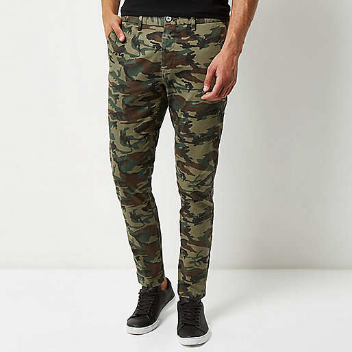 Green washed camo skinny chino pants