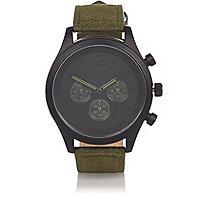 Armbanduhr in Khaki mit Textilarmband