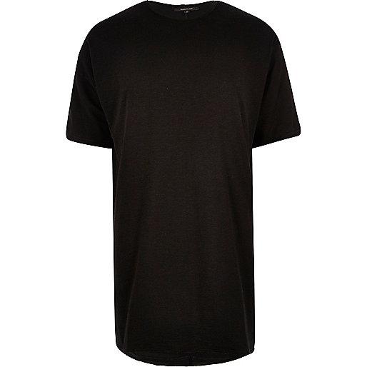 Schwarzes, extrem langes T-Shirt