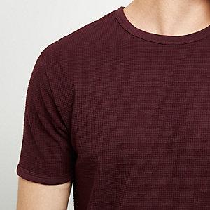 Strukturiertes T-Shirt in Bordeaux