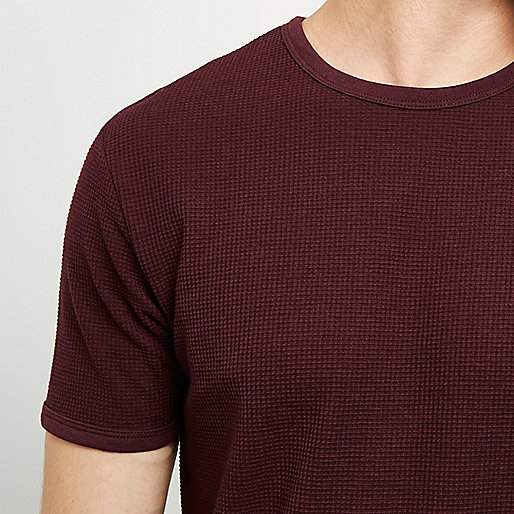 Burgundy textured T-shirt