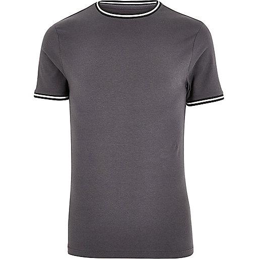 T-shirt gris foncé sport à coupe ajustée