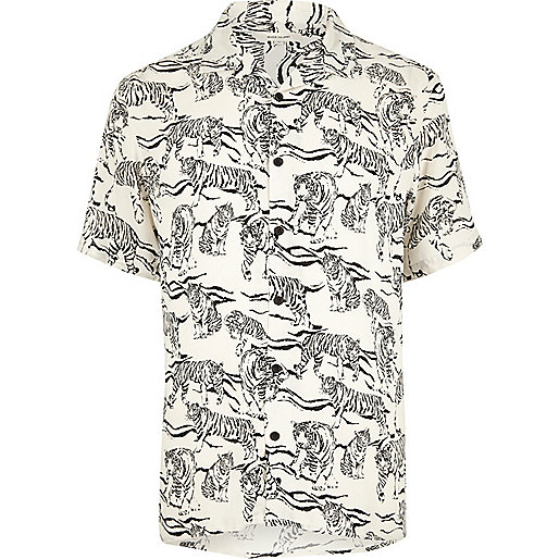 Ecru tiger print short sleeve shirt