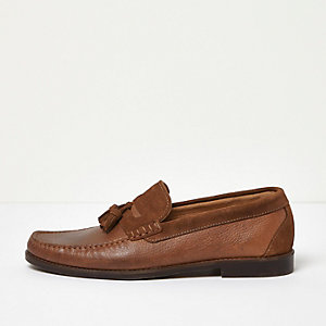 Tan leather tassel loafers